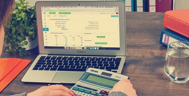 dlaczego warto skorzystać z usługi biura rachunkowego