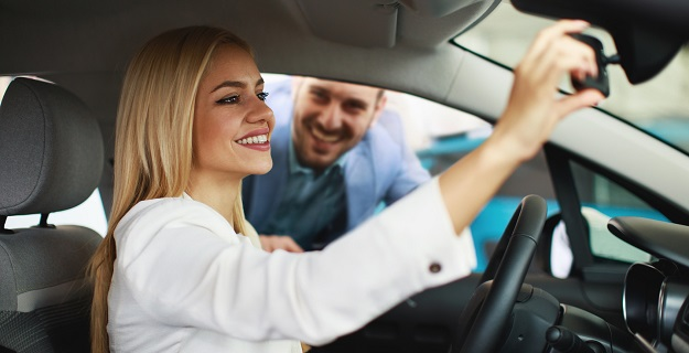 wynajem czy leasing samochodowy samochodu