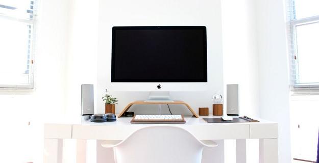 jak praca siedząca wpływa na zdrowie