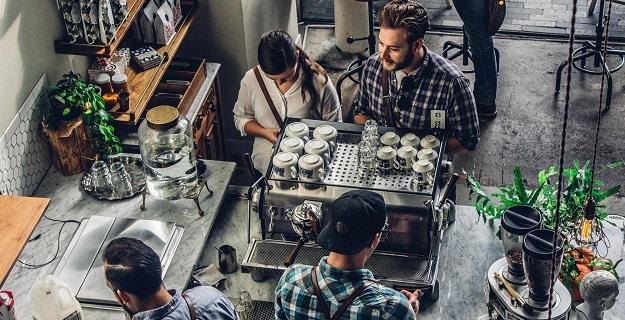 jak zaprojektować wnętrze kawiarni