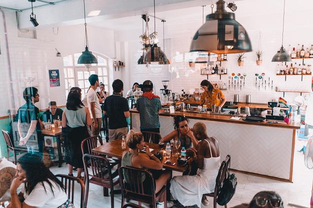 projektowanie wnętrza kawiarni