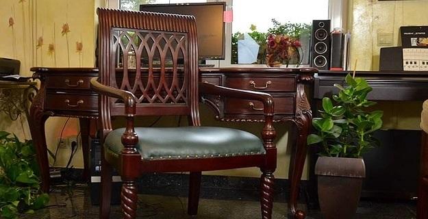 stylowe fotele gabinetowe