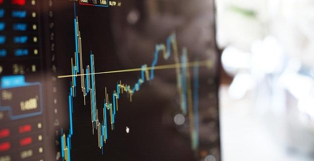 Czy nadal opłaca się inwestować na giełdzie?