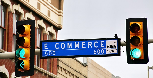 Jak dostępne modele płatności wpływają na wyniki e-sklepów?