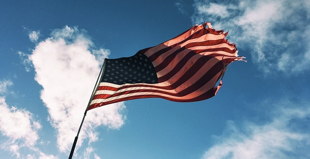Pamiątka 150. rocznicy niepodległości USA na monecie Skarbnicy Narodowej – opinia
