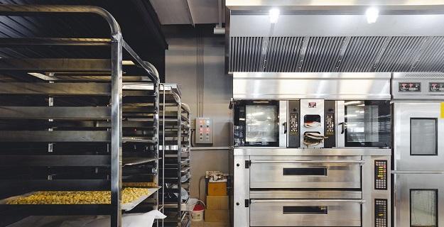 Podstawowe wyposażenie, które musisz mieć otwierając lokal gastronomiczny