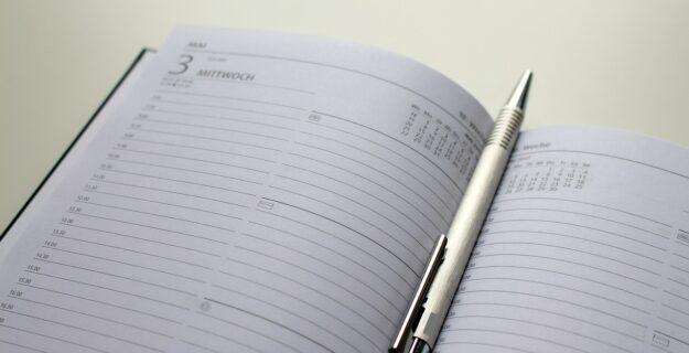 Kalendarze firmowe na 2022 – jakie wybrać? Na co zwracać uwagę?