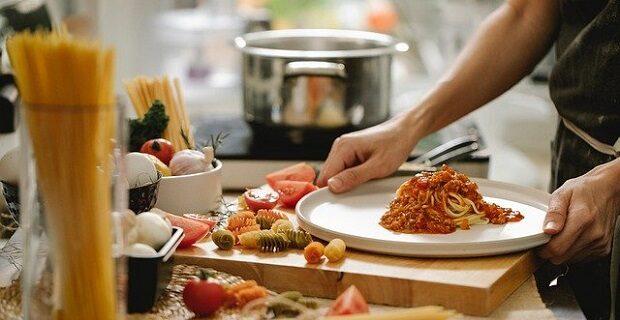 """Kulinaria i zarabianie - domowy biznes czy """"tylko"""" pasja? Wywiad"""
